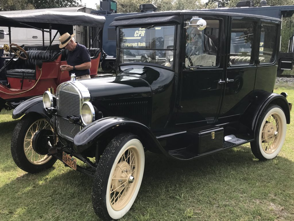 Classic cars at the Nashville Car Show